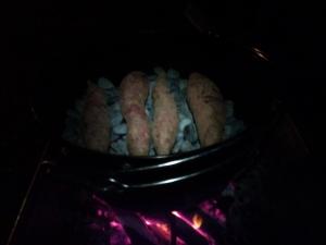 ダッチオーブンで石焼き芋